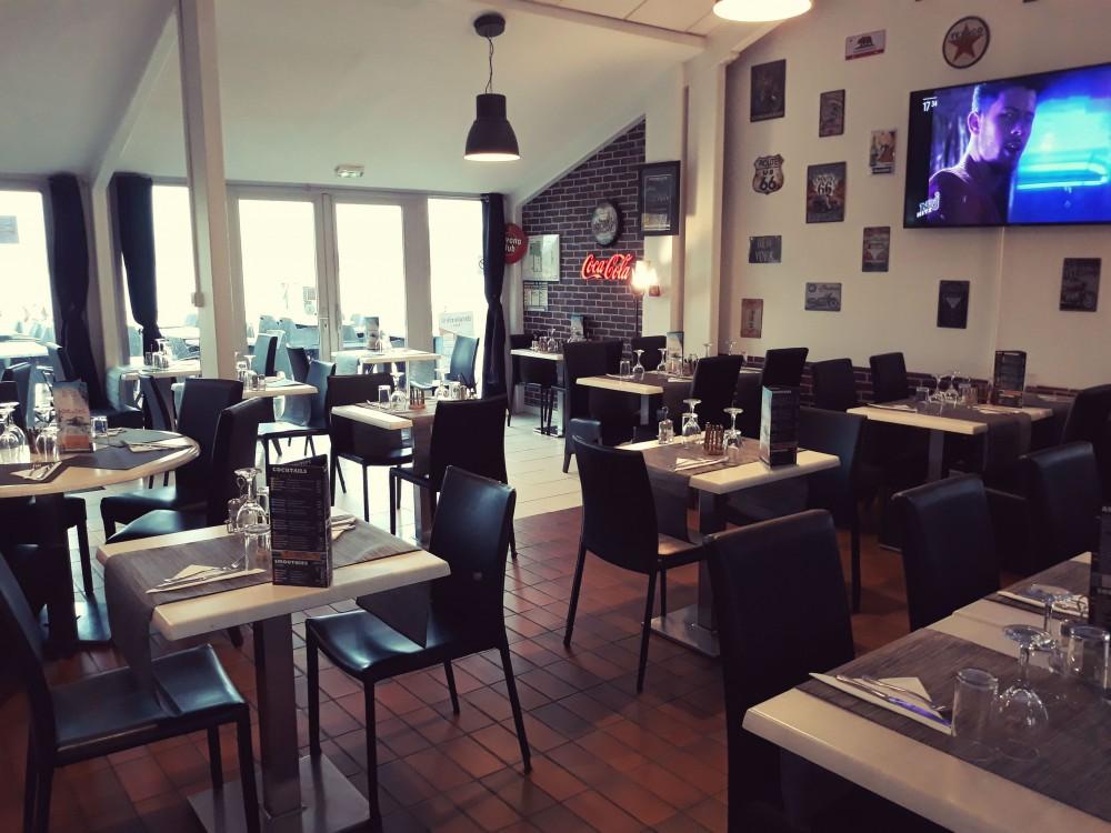 Restaurant-la-Plage-lac-de-vaivre-et-montoille6